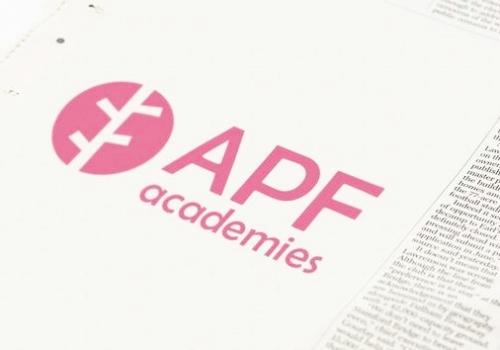 テニススクールのロゴ | バンコク | APF Academies