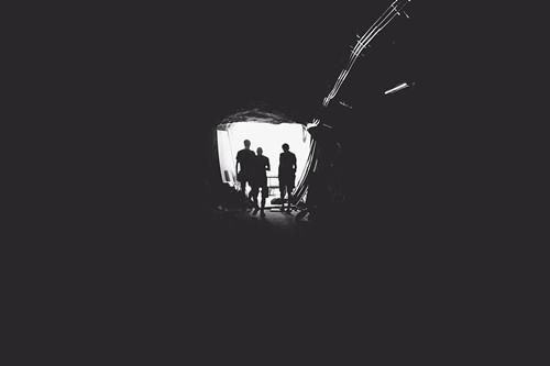 black-and-white-dark-light-1036